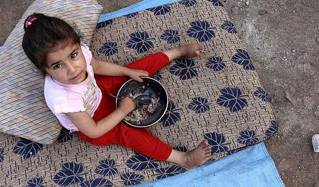 Suriye'de yüzbinlerce kişi ekmek bulamıyor