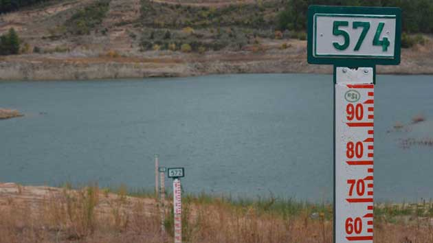 Barajlar suyunu çekti