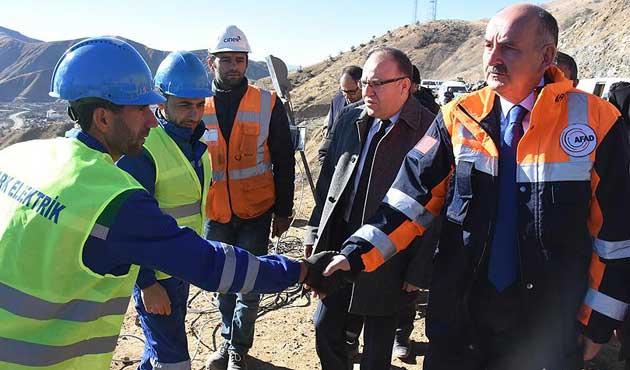 Bakan Müezzinoğlu maden faciası bölgesinde