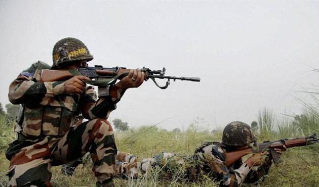 Hindistan, Pakistan sınırında sivilleri vurdu: 11 ölü