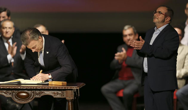 Kolombiya'da yeni barış anlaşması imzalandı