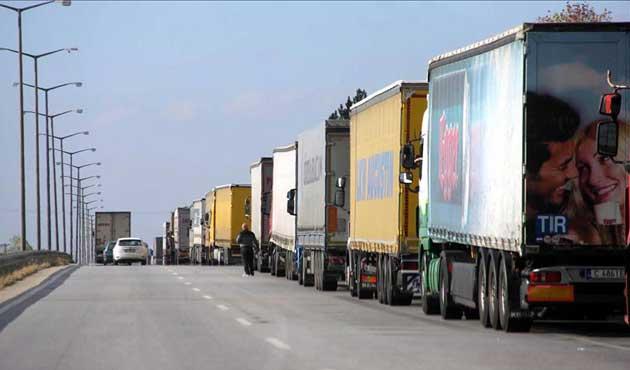 Bulgaristan'a açılan sınır kapılarında TIR yoğunluğu