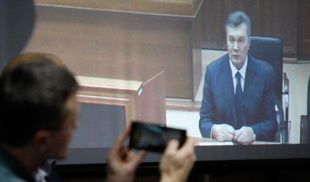 Yanukoviç Kiev'deki duruşmaya Rusya'dan telefonla katıldı