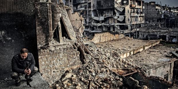 Halep'te 300 bin sivil 30 kilometrekarede sıkıştı