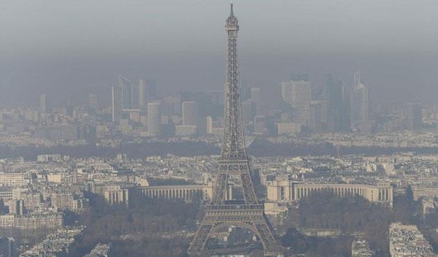 Paris'te hava kirliliği, araçlara trafik yasağı