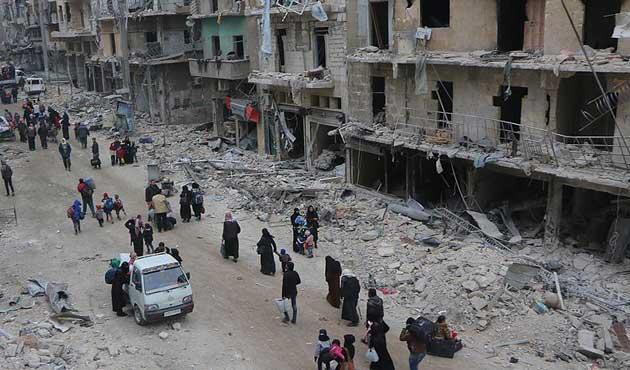 Halepliler, katliamdan kurtulmak için 'tahliye' bekliyor