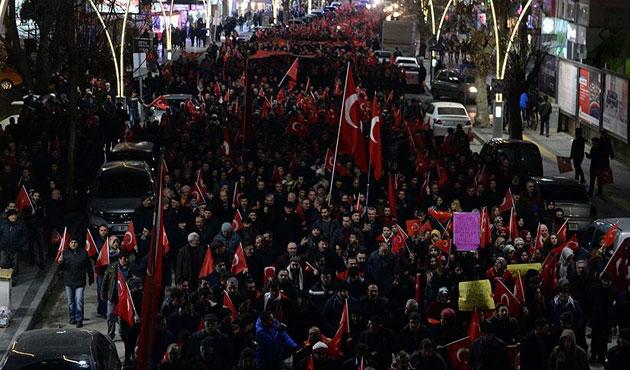 Türkiye terör saldırılarına karşı ayağa kalktı