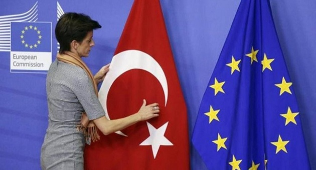 AB, Türkiye'ye yeni üyelik başlıkları açmayacak