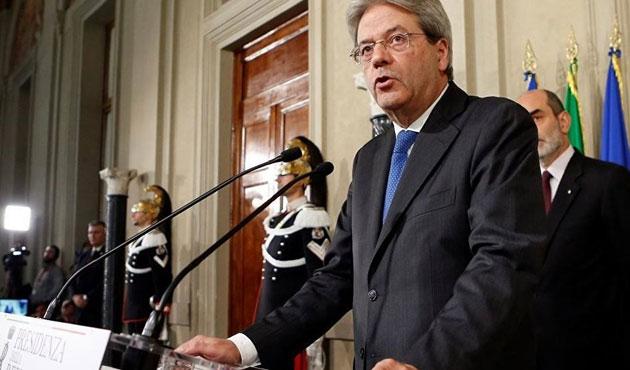 İtalya'da hükümet ilk güvenoyunu aldı
