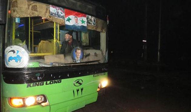 Halep'te tahliyelerde gecikmeler yaşanıyor