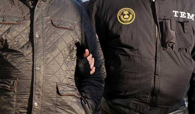 Cumhurbaşkanı'na hakaret eden 2 kişi tutuklandı
