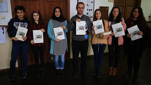 Lise öğrencilerinden Osmanlıca dergi