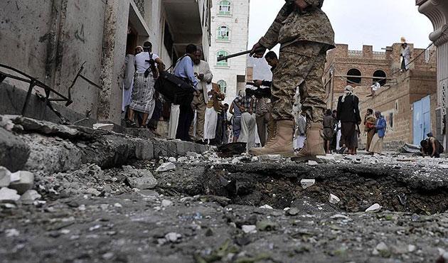 Yemen'de bombalı saldırıda beş ölü