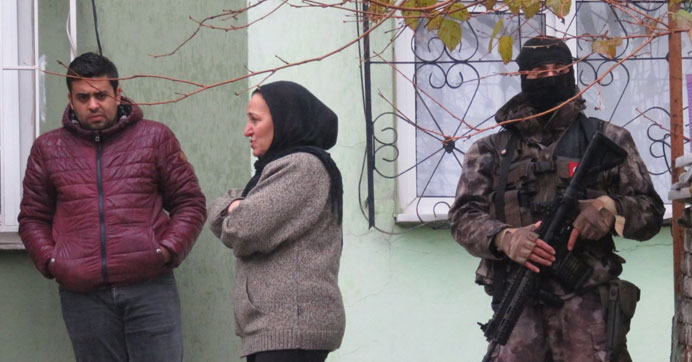 İstanbul'daki soba faciasında iki kardeş öldü