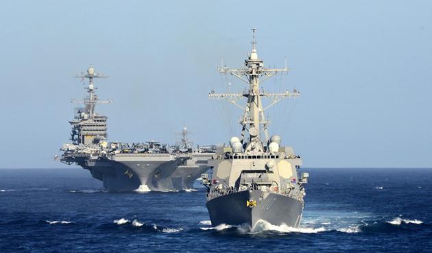 ABD'den İran donanmasına uyarı ateşi
