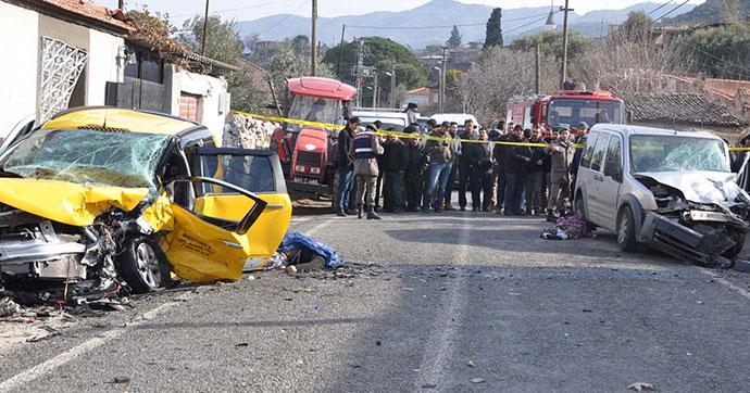 Aydın'da zincirleme kaza: 4 ölü