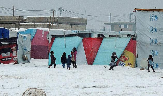 Lübnan Suriyeli sığınmacıları göndermek istiyor