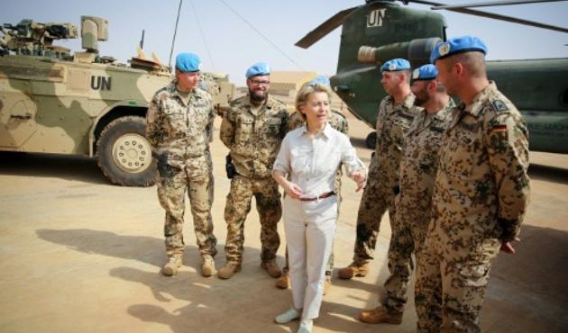 Almanya Mali'de asker sayısını artırıyor
