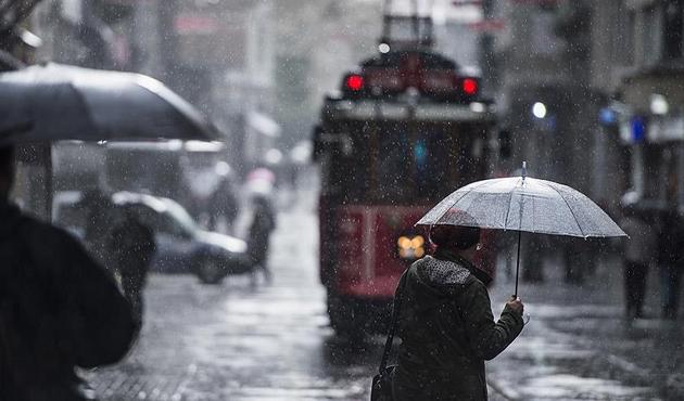 Topbaş'dan yağmur uyarısı: Toplu taşımayı kullanın