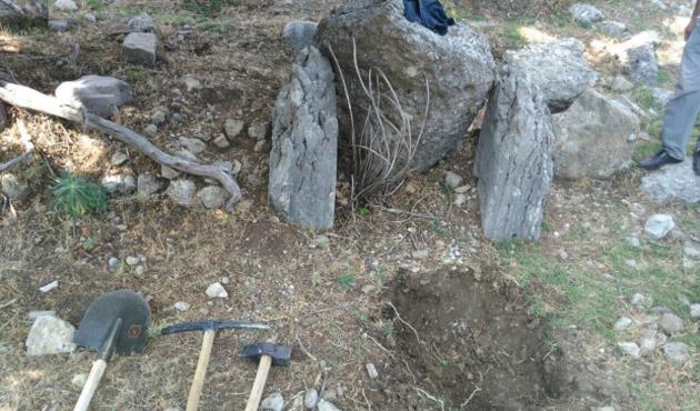 Antalya'da izinsiz kazı operasyonu: 6 gözaltı