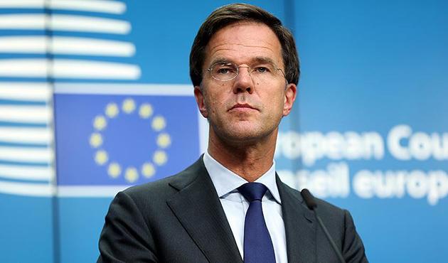 Hollanda Başbakanı: Irkçı parti ile koalisyon kurmayacağız