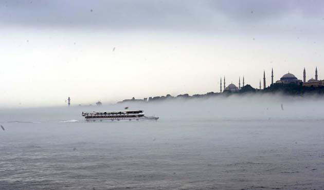 İstanbul Boğazı gemilere kapandı