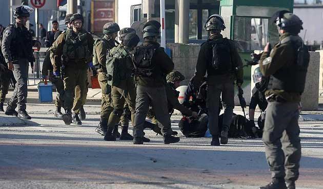 İşgal güçleri bir Filistinliyi öldürdü, birini yaraladı