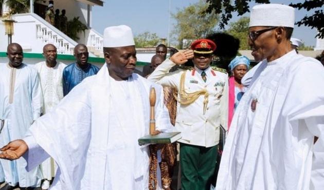 Gambiya'da görevi bırakmayan lidere son şans