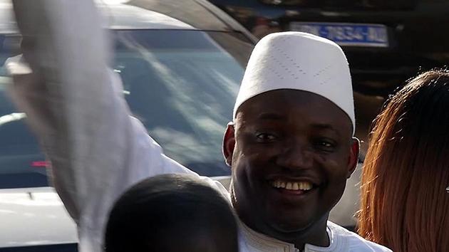 Gambiya'da eski başkan Jammeh ülkeyi terk edecek