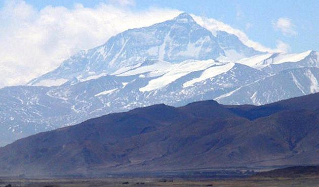Everest mayısta rekor sayıda dağcı bekliyor