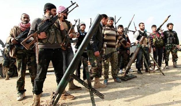 Suriye'de rejim karşıtı gruplar arasında gerilim