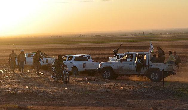 Muhalifler Barada Vadisi'nden çekiliyor
