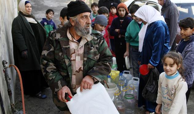 Suriye'nin Barada Vadisi'nde tahliyeler başladı