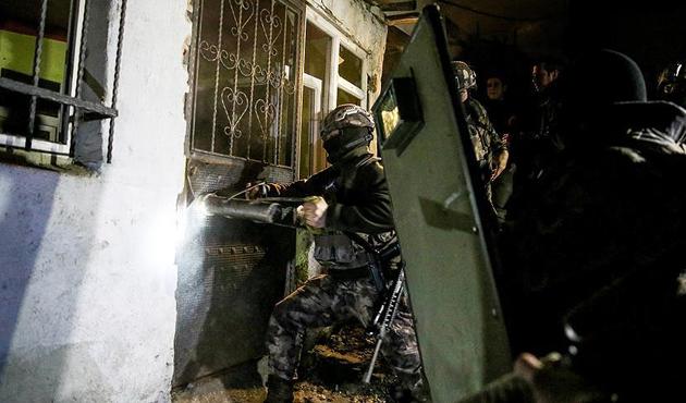 İstanbul'da bin 500 polisle uyuşturucu operasyonu