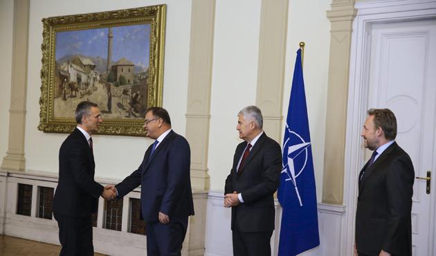 NATO Genel Sekreteri Stoltenberg Bosna Hersek'te