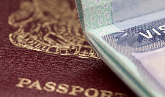 İranlı güreşçiler vize yasağını deldi