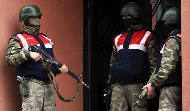 Ülke genelindeki terör operasyonlarında 520 gözaltı
