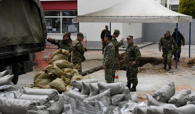 Selanik'te 70 bin kişiyi tahliye ettiren bombalar