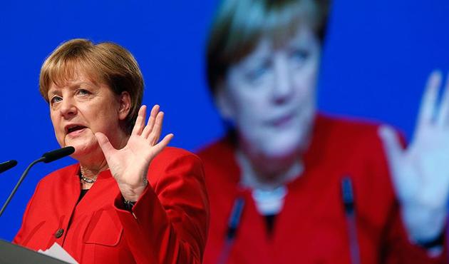 Merkel'in İsrail ziyareti iptal