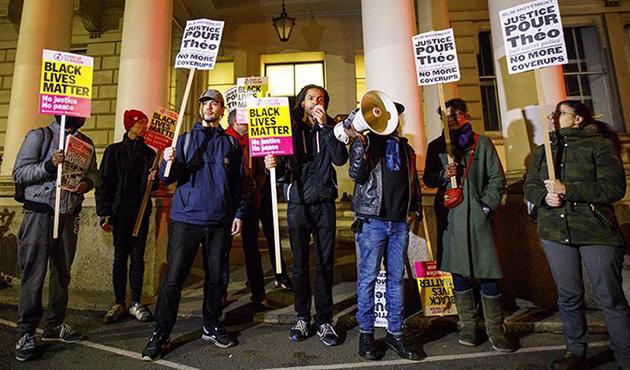 Paris'teki polis şiddetine Londra'da protesto | FOTO