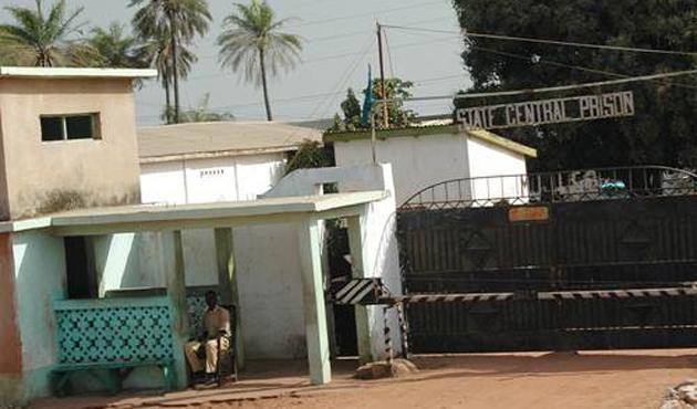 Gambiya'da 171 tutuklu serbest bırakıldı