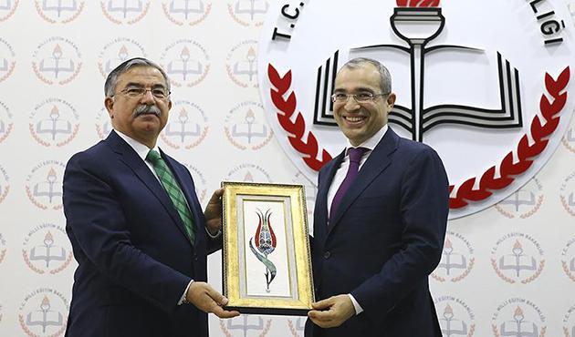 Bakan Yılmaz, Azerbaycanlı mevkidaşı ile görüştü