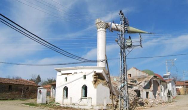 Samsun'da cami inşaatı çöktü; Ölü ve yaralılar var