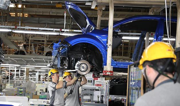 Sanayi üretimi Ocak ayında beklentinin üzerinde arttı