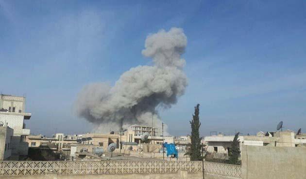 Esed'den İdlib'e hava saldırısı
