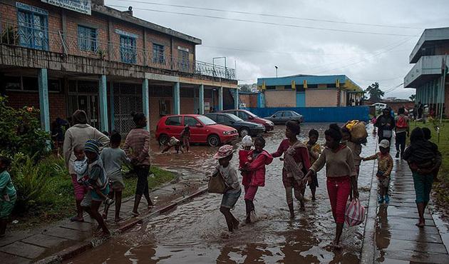 Madagaskar'da 'Enavo Kasırgası' bilançosu ağırlaşıyor