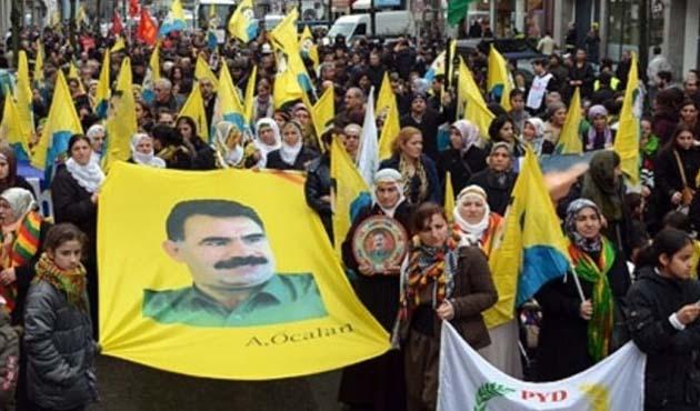 Almanya'da Öcalan posterleri yasaklandı