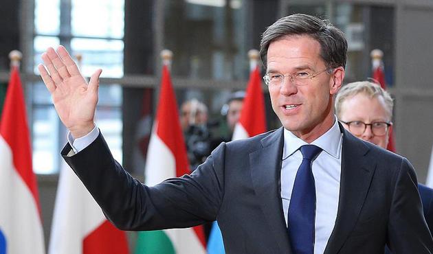 Hollanda seçimlerini Rutte kazandı