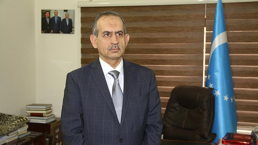 Türkmenler bayrak krizini AYM'ye taşıyor
