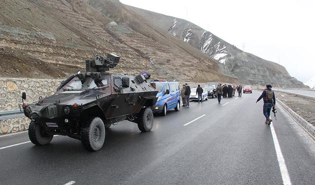 Erzincan'da güvenlik güçleri alarma geçti